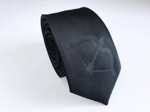Hawkeye Tie
